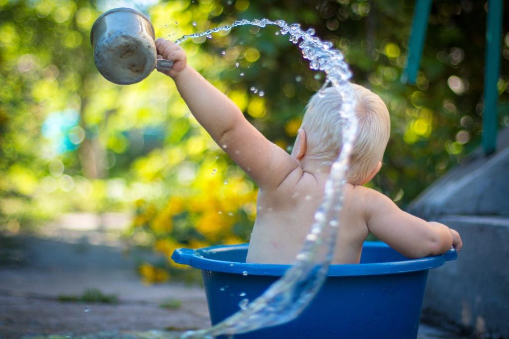 Уход за кожей ребенка: как избежать потницы