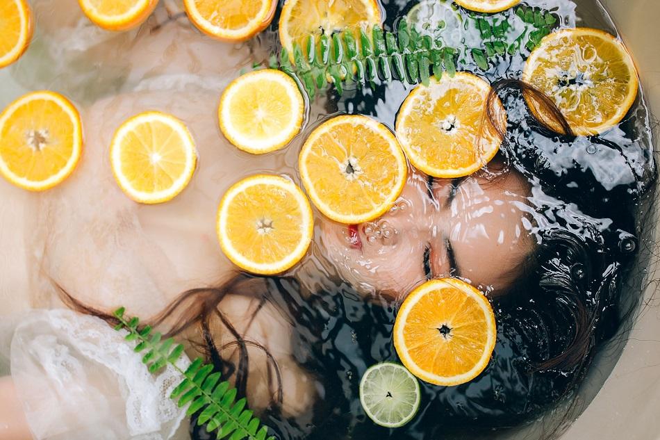 Місія «Антистрес»: Ефірні олії для розслаблюючої ванни
