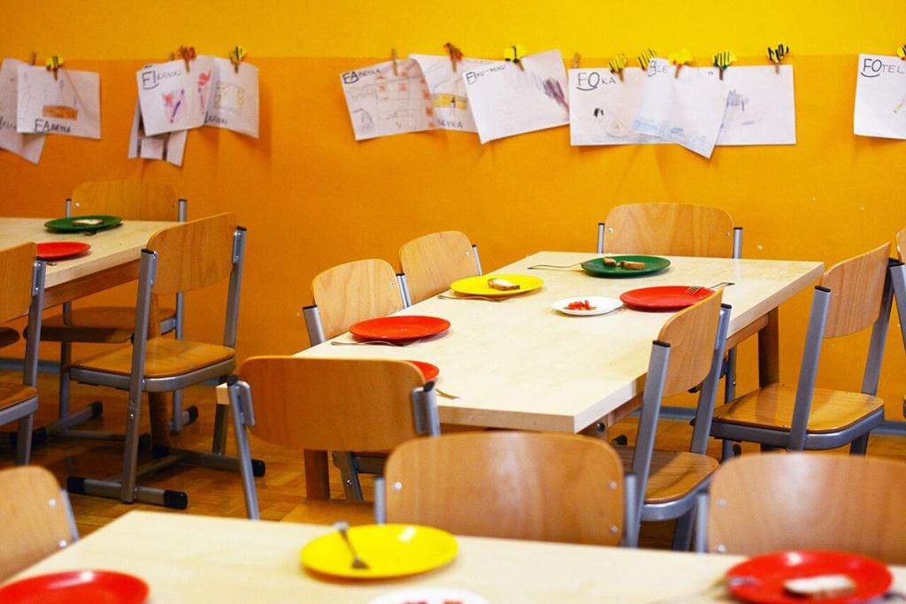 Шкільний обід: Чи варто давати дитині їжу з собою