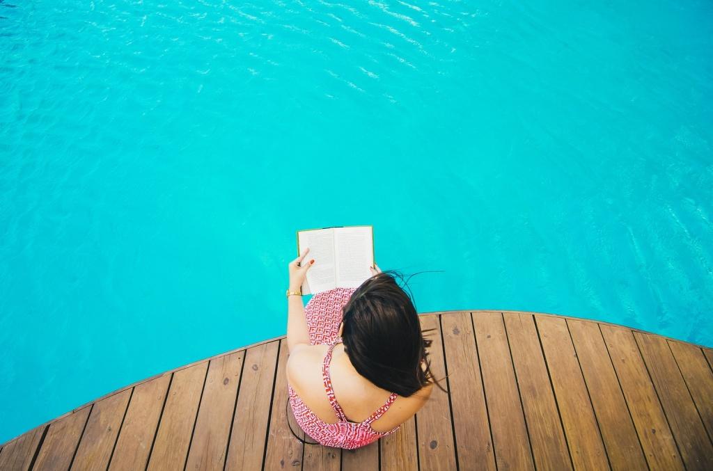 12 незвичайних книг для відпустки