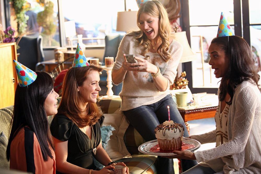 Жіноча дружба на екрані: ТОП-5 серіалів