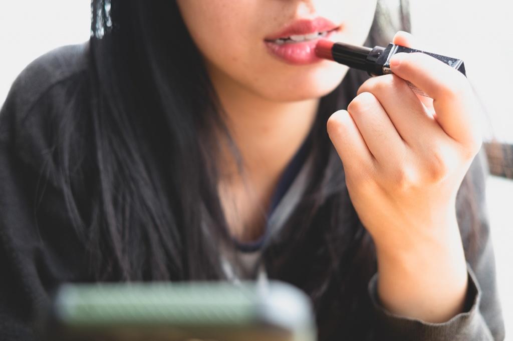 Можно ли пользоваться просроченной косметикой?