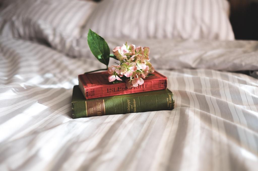Магічне прибирання Марі Кондо: Секрети та лайфхаки