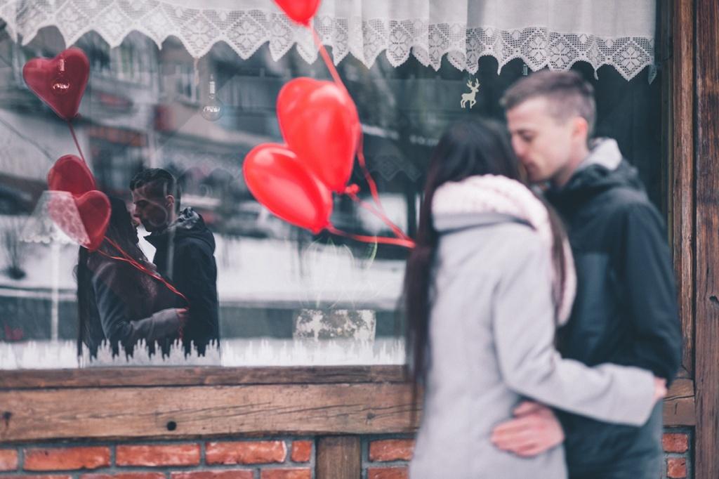 Як зустріти 14 лютого: Незвичні ідеї для романтичного вечора