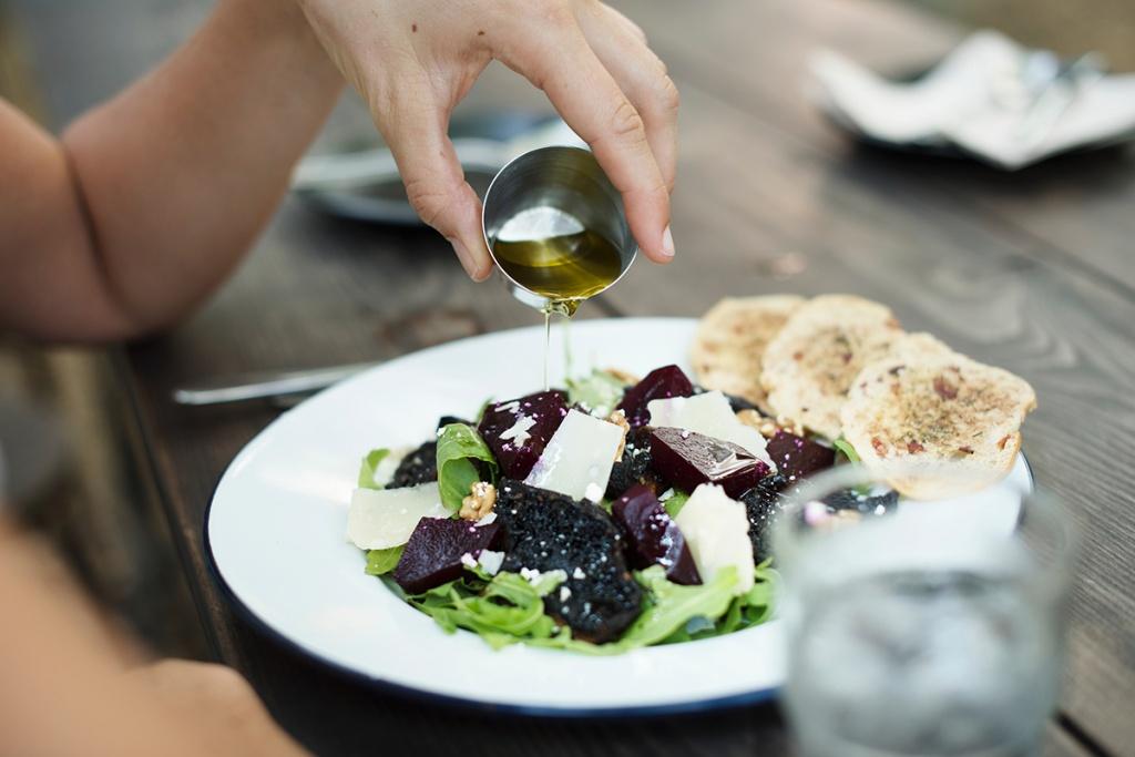 Скарбниця здоров'я: Які продукти мають бути на вашій кухні