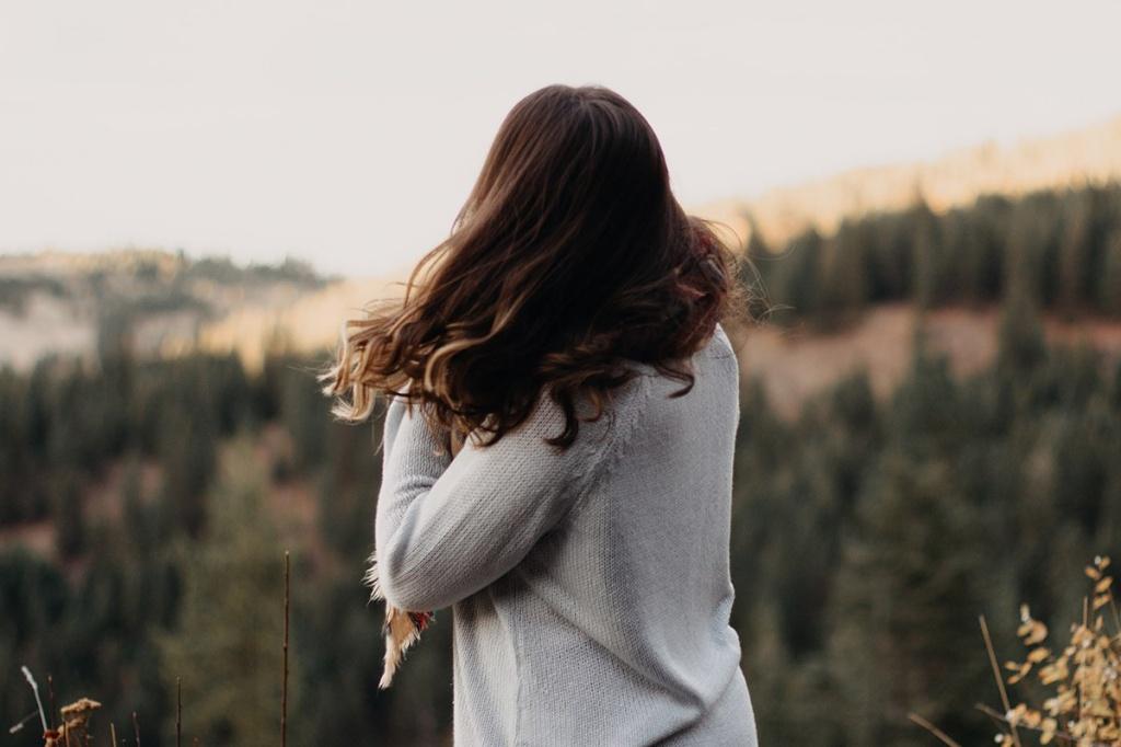 Волосся немов шовк: Як відновити локони після літа
