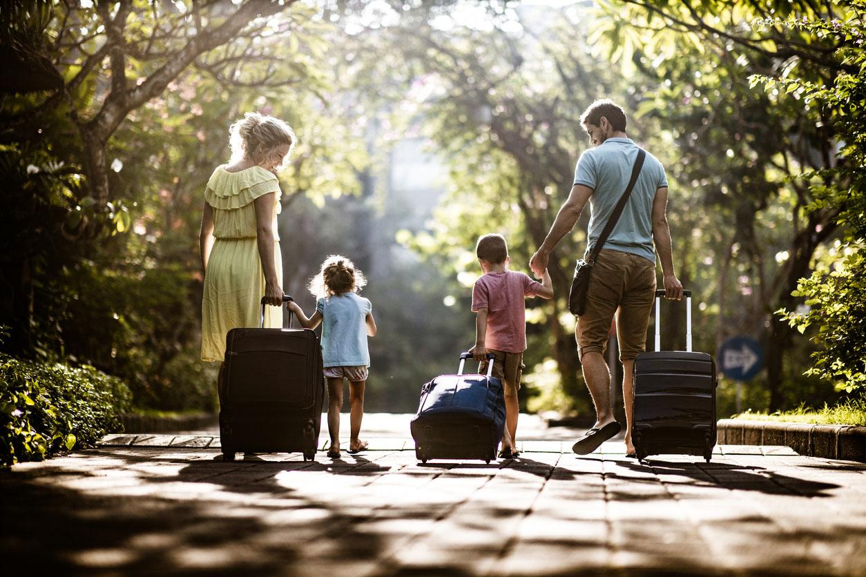 5 бюджетних місць для літнього відпочинку з дитиною в Україні