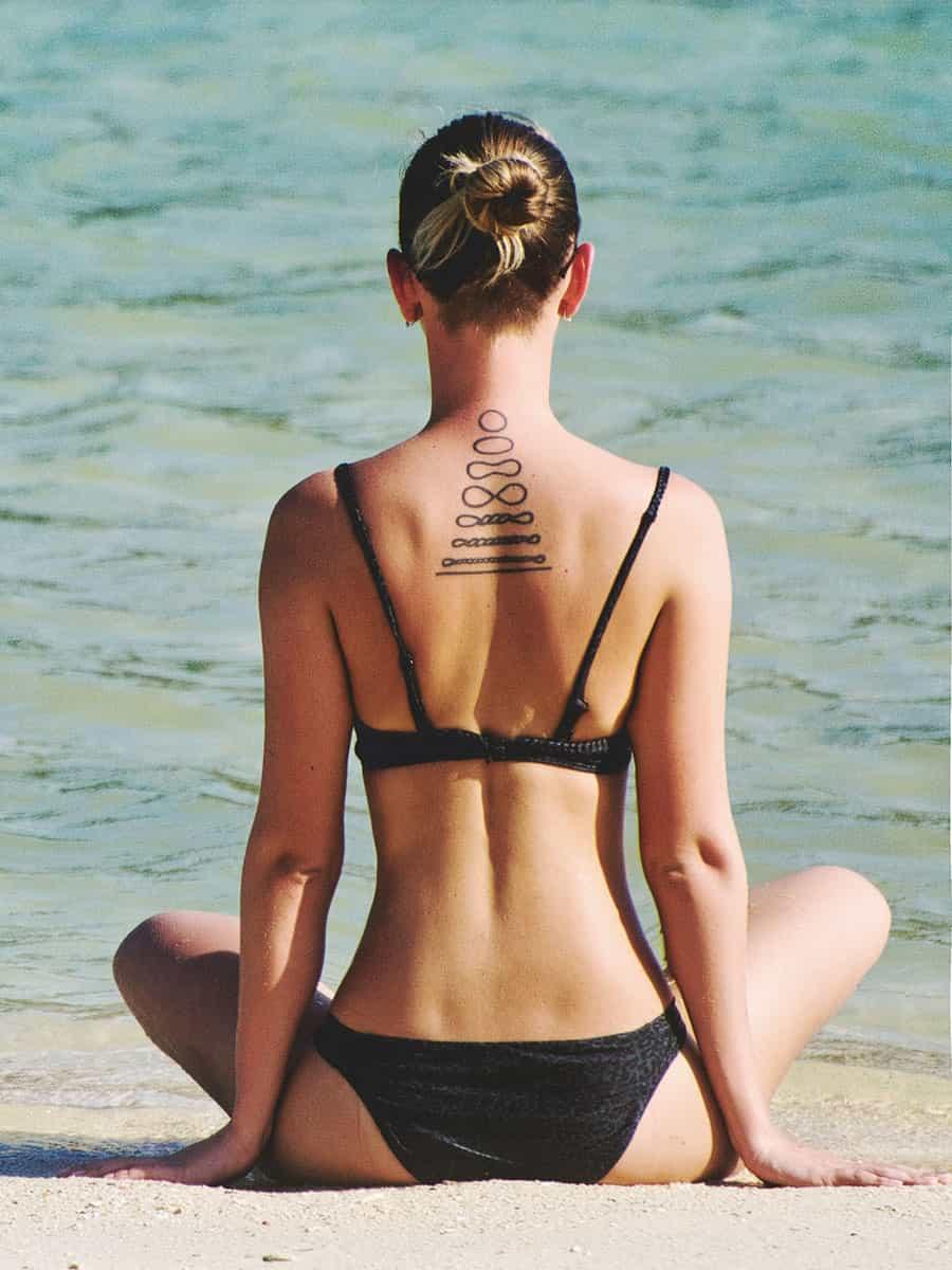 Літо у кадрі: як позувати на пляжі?