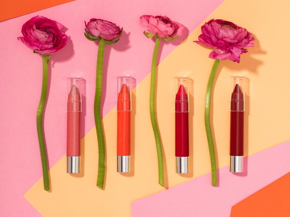 Помада-олівець: які бренди пропонують цікаві варіанти?