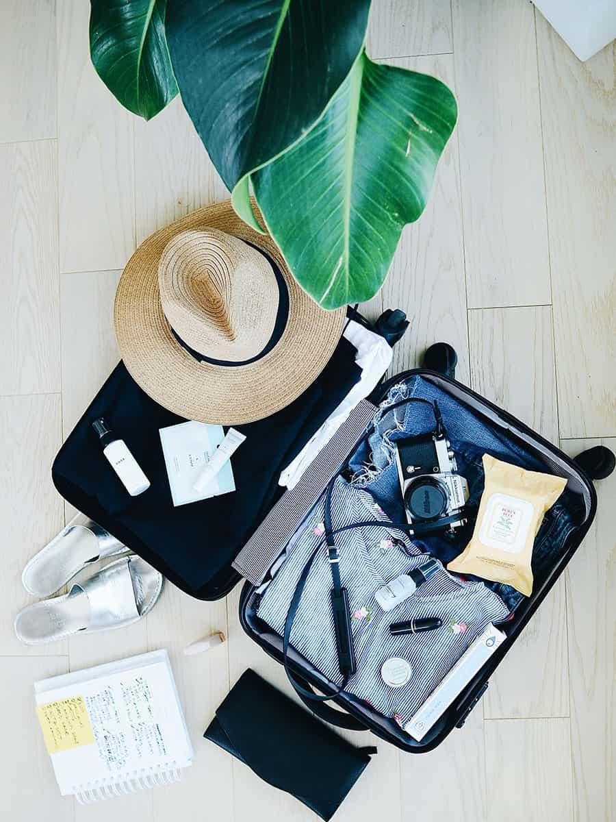 Менше речей – більше образів: збираємо валізу у відпустку