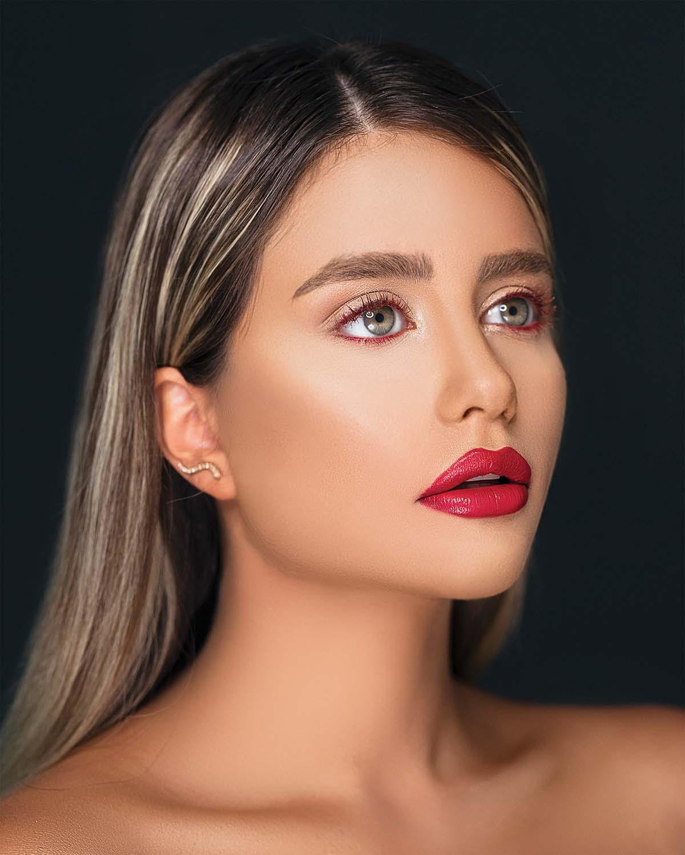 Дрейпинг: як втілити модну техніку корекції обличчя?