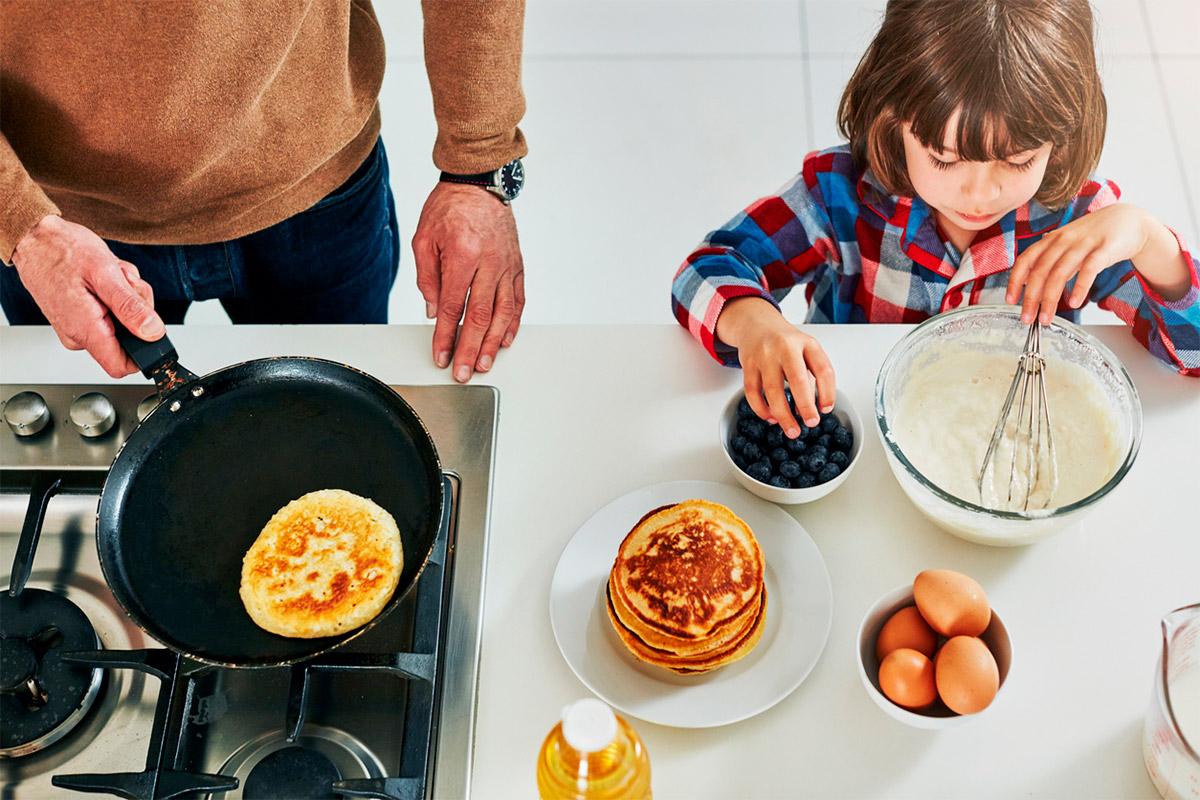 Найкращі рецепти млинців: готуємося до Масниці всією родиною