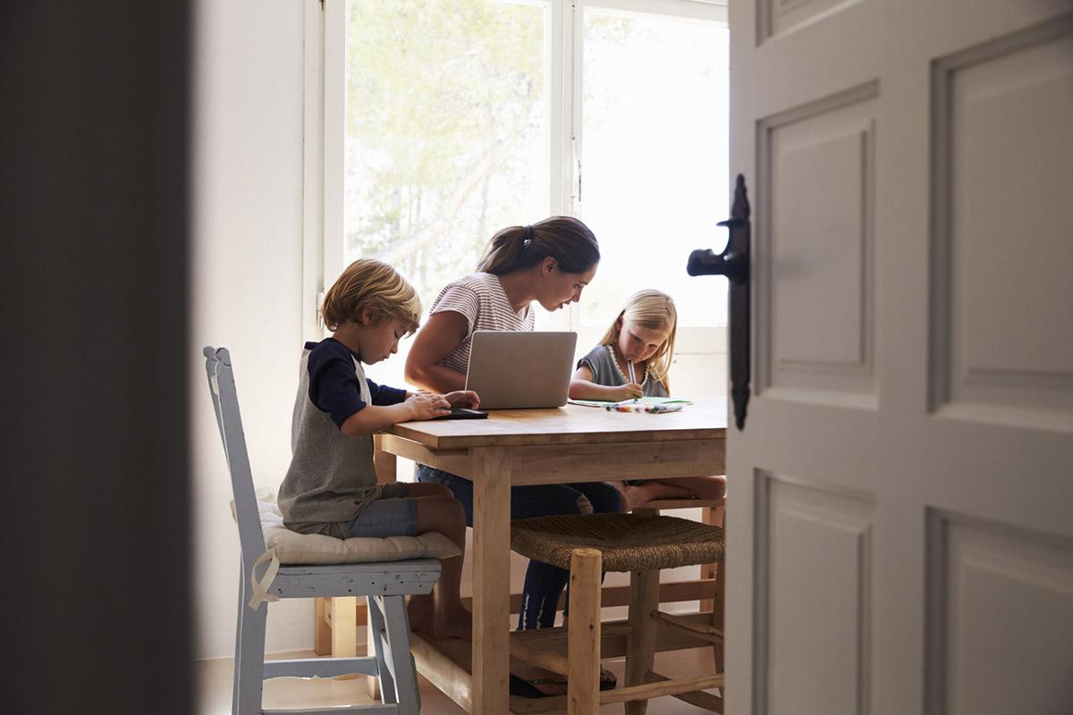 Как работать и развиваться, если ребенок ежеминутно требует вашего внимания?