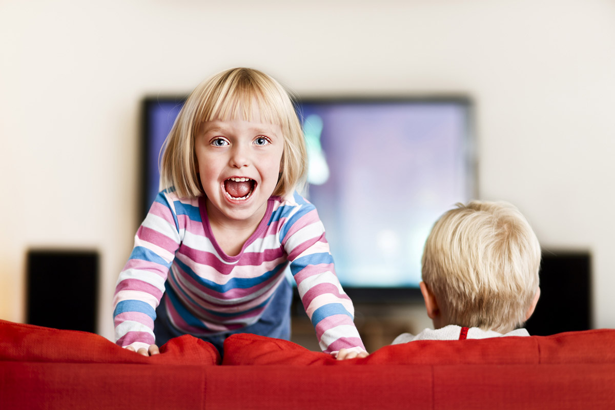 Гиперактивный ребенок: как направить энергию в мирное русло