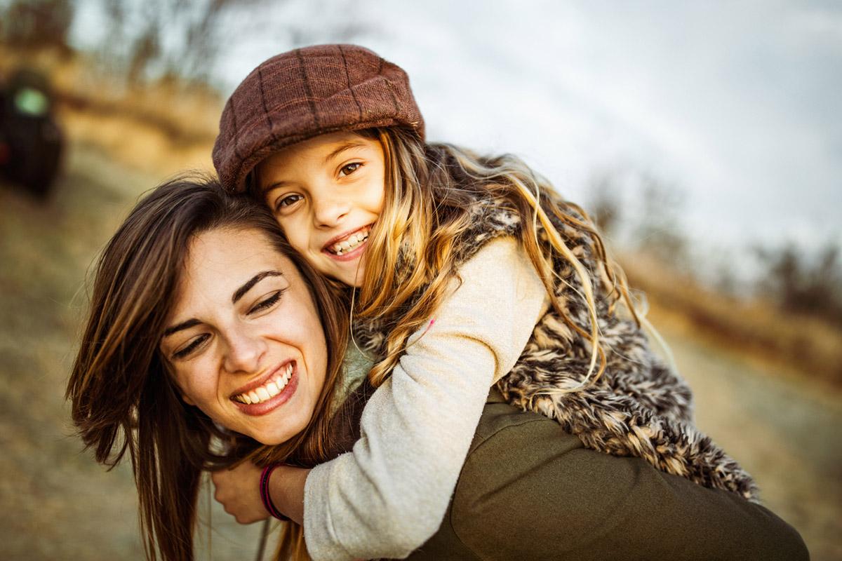 Почему детям нужны родители, а не друзья