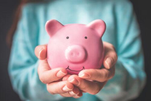 В последнюю очередь: чем вам вредит экономия на себе?   EVA Blog