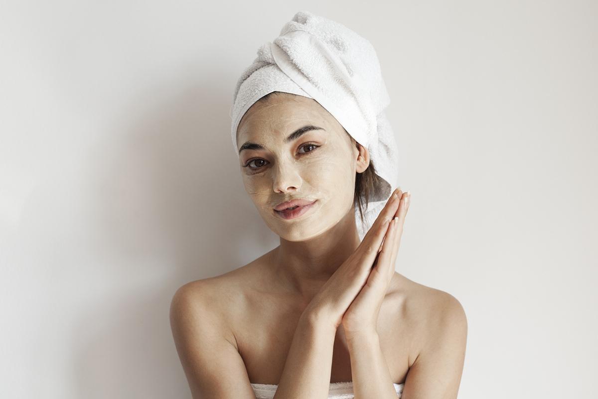 Как подобрать увлажняющую маску для лица с учетом типа кожи | EVA Blog