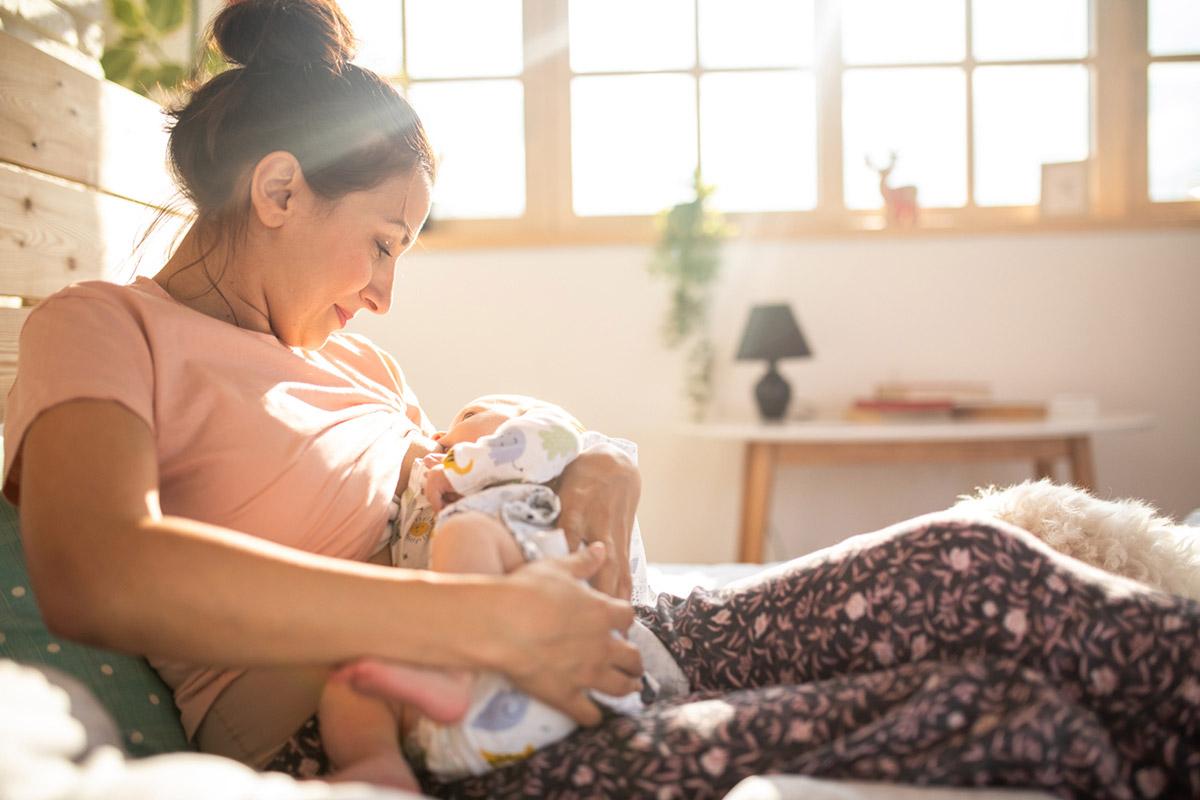Как сохранить грудное вскармливание: молочные кризисы и как их преодолеть